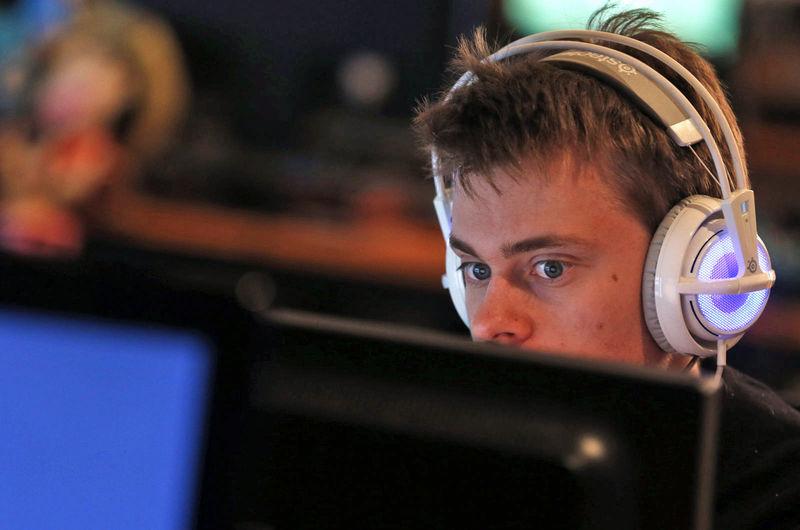 Social eSports Streaming Services