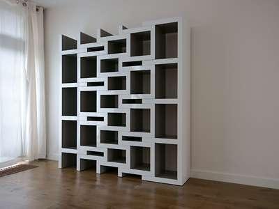 Expanding Bookshelves