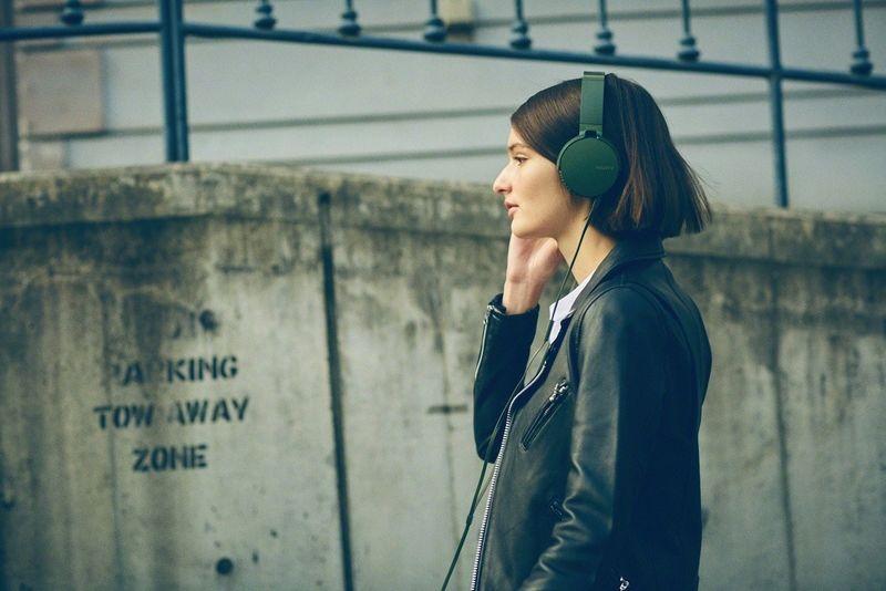 Bass-Enhancing Headphones