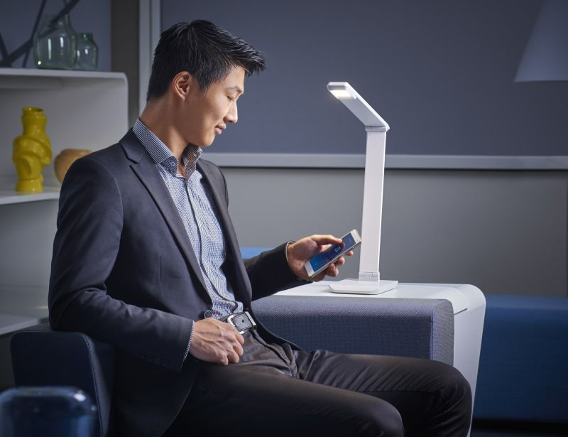 Healthy Connected Lamps