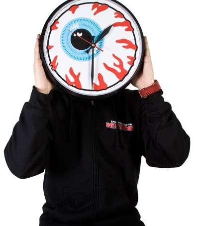 Wacky Ocular Clocks