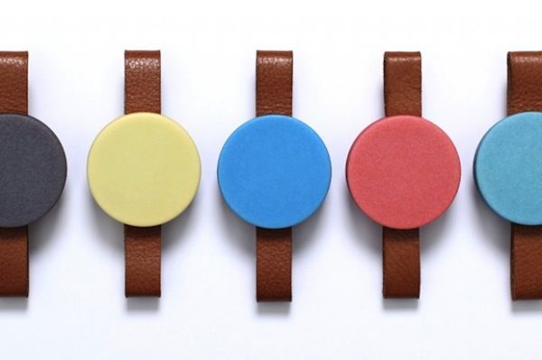 Vibrant Faceless Timepieces