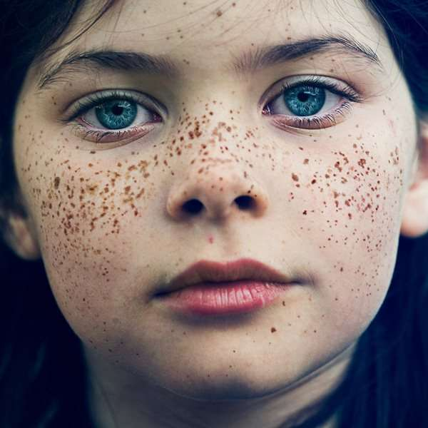 faces by Benoit Paille