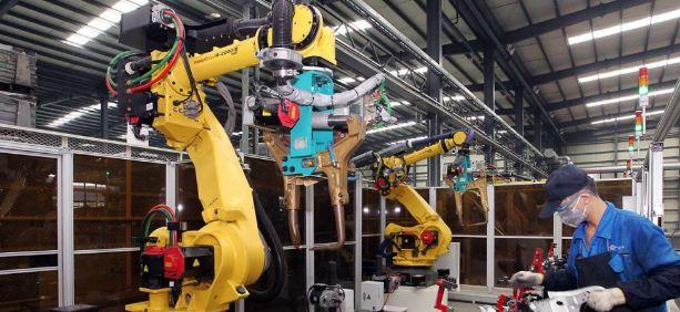 Robotic Factory Employees