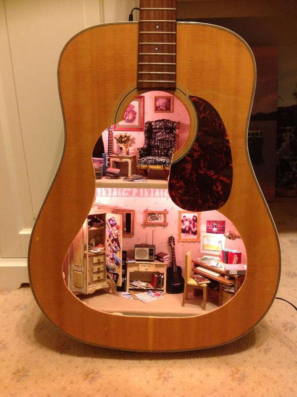 Guitar-Made Dollhouses