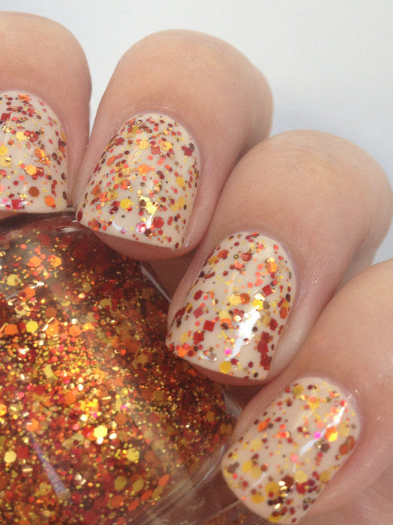 Glittery Autumn Manicures : Fall Nail Polish