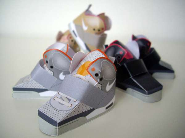 Mini Paper Shoes