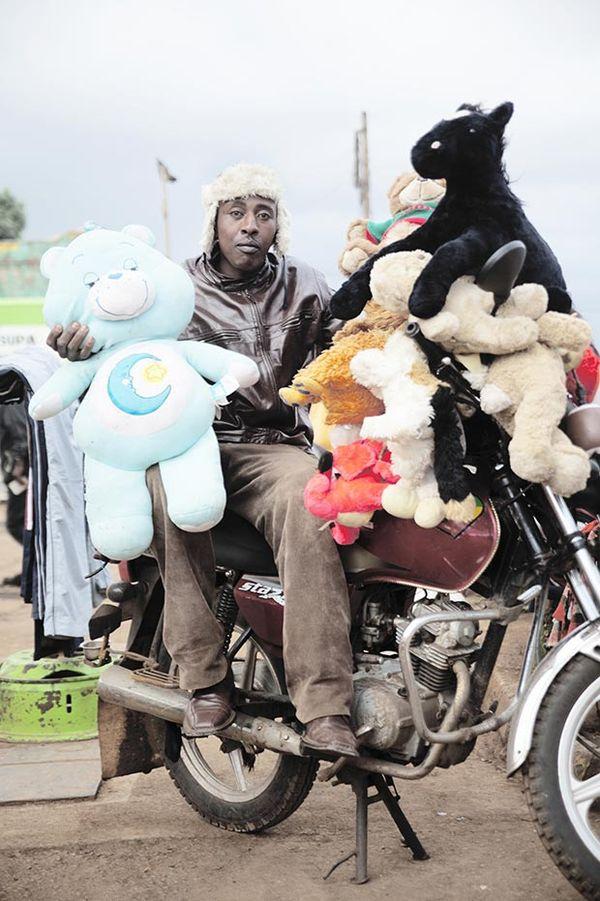 Kenyan Peddler Photography
