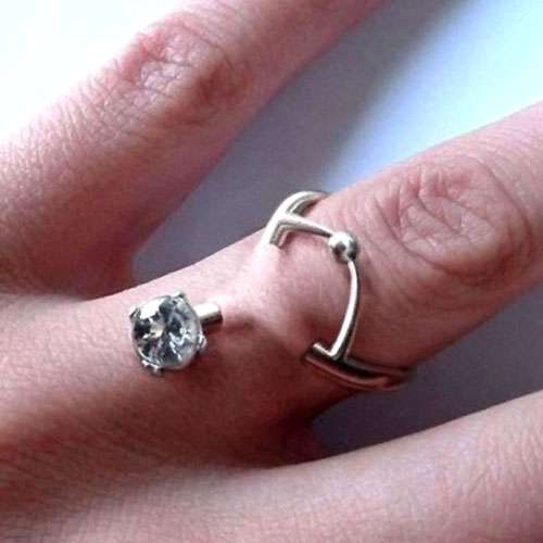 Finger Piercings: An Uber Permanent And Modern Way To Wear A Wedding Ring