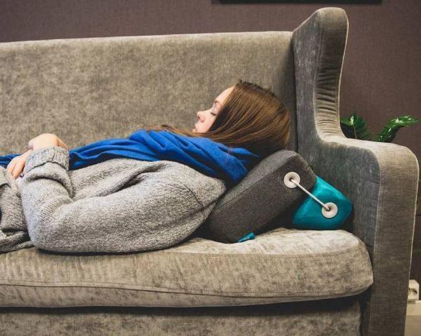 Versatile Surface-Adapting Pillows