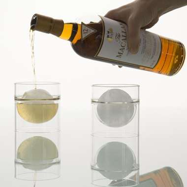 Floating Liquid Glasses