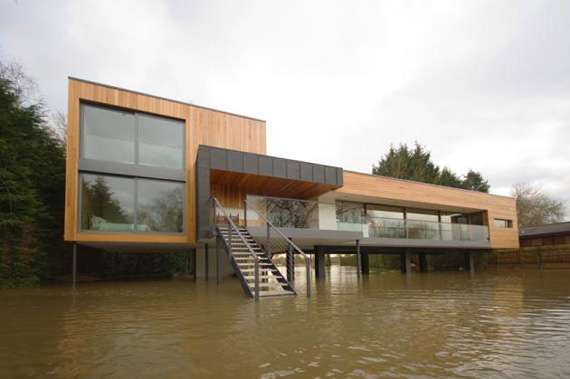 Floating Residences A River Runs Through The 39 Hindi House