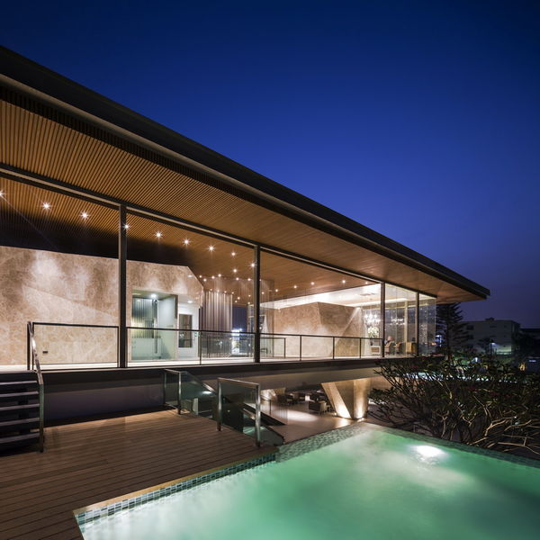 Transparent Floating Structures