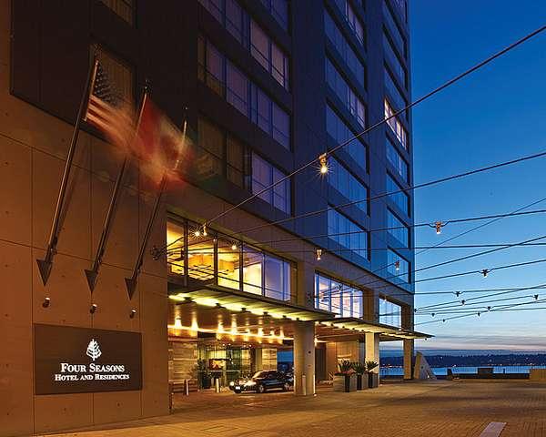 Stunning Waterfront Hotels