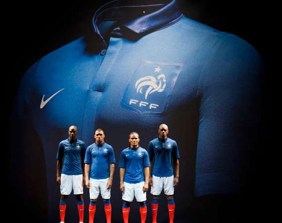 Sleek Soccer Uniforms