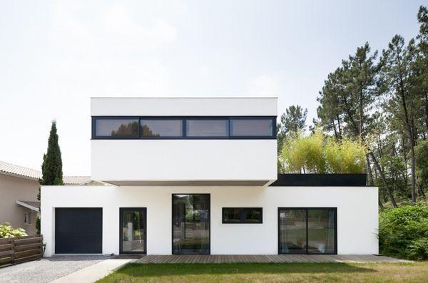 Environment-Contrasting Villas