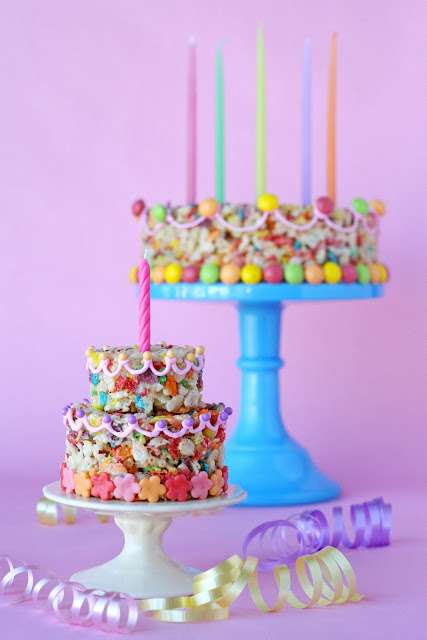 Fruity Pebbles Treat Cake