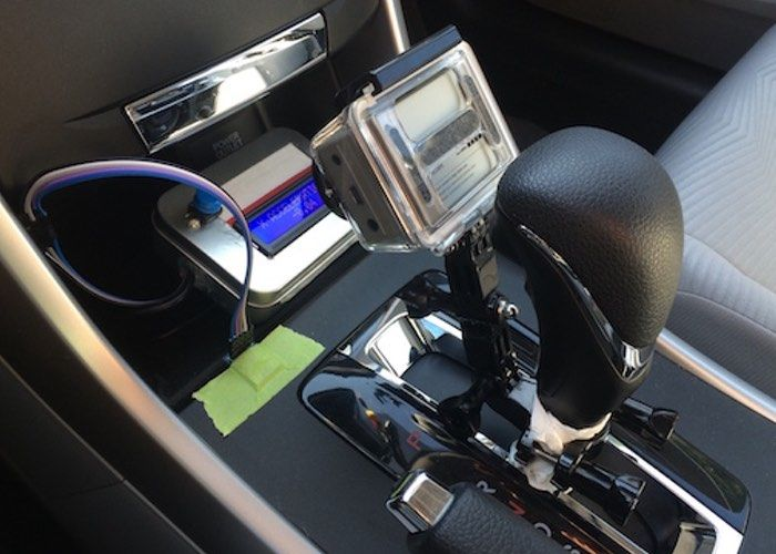 Movement-Measuring Car Devices