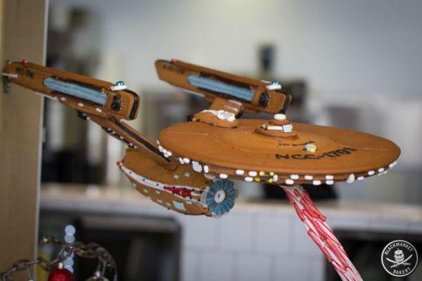 Holiday Spaceship Desserts