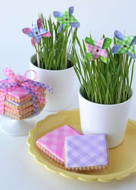 Picnic-Patterned Confections