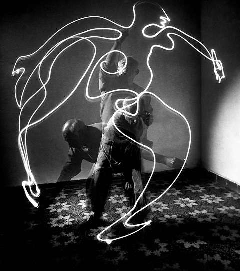 Gjon Mili Picasso Light Drawings