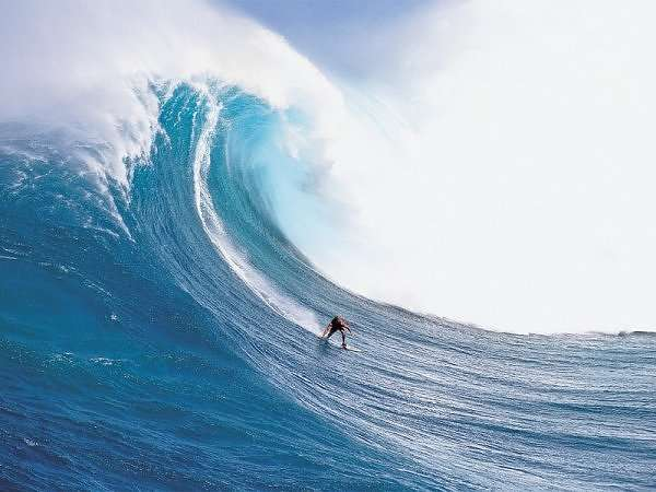 10 Giant Waves Caused by Global Warming