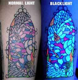 Blacklight-Reactive Body Art (UPDATE)