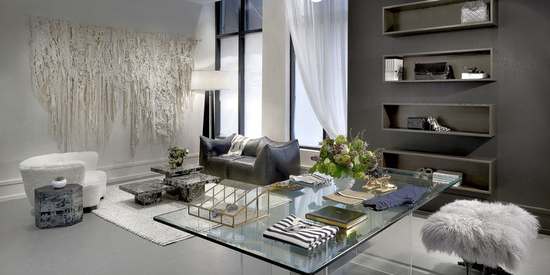 Luxury Lifestyle Blog Pop-Ups