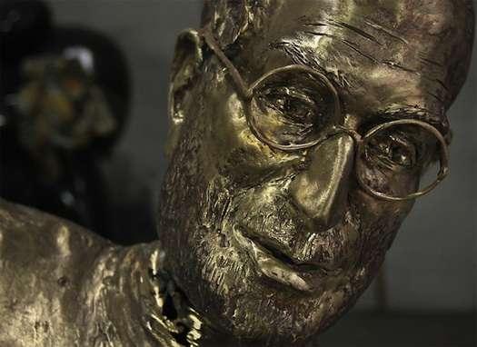 CEO Tribute Statues
