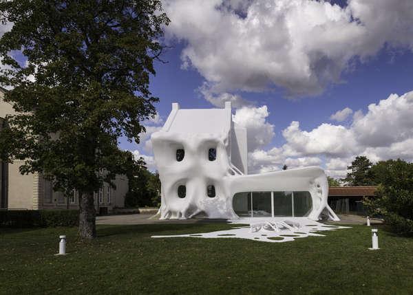 Grandiose Ghostly Galleries