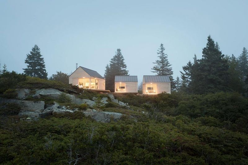 Minimalist Guest Cabins