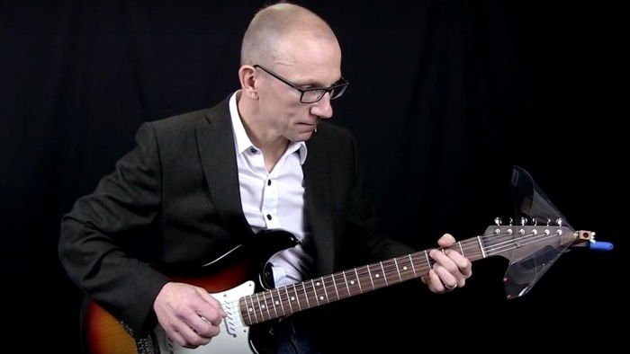 Clip-On Guitar Speakers
