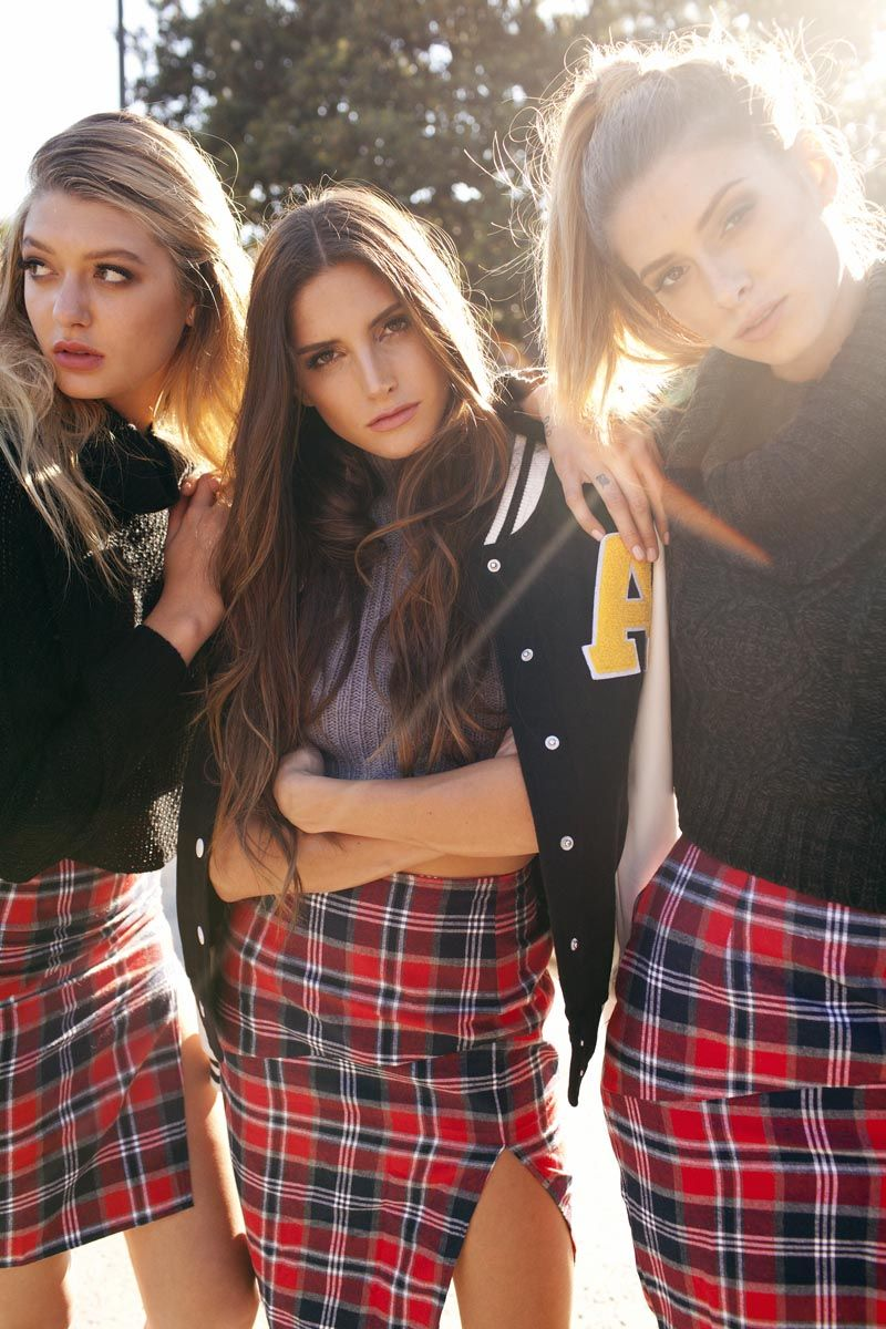 Seductive Collegiate Lookbooks
