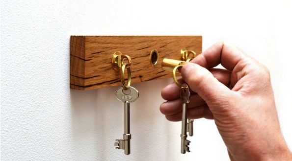 Quality Keychain Pegs
