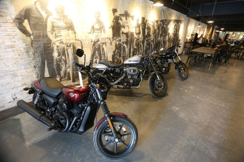 Motorcycle-Themed Cafes