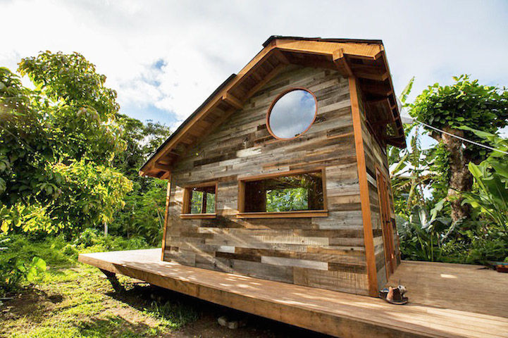 Tropical Cozy Cabins Hawaiian Wood Cabin