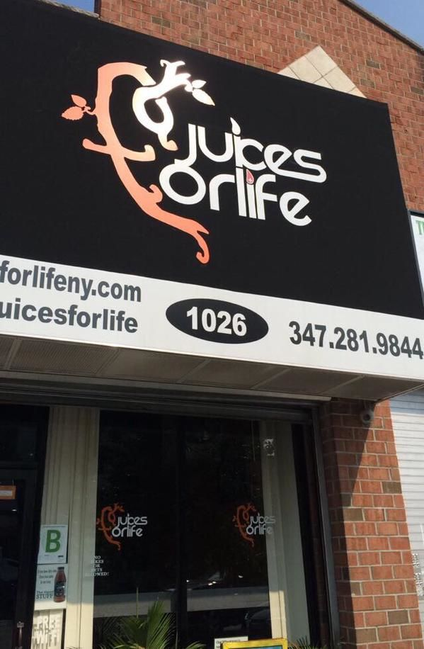 Community-Supporting Juice Bars