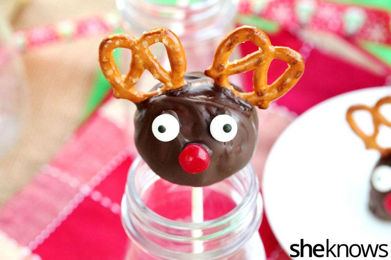 Cookie Reindeer Pops