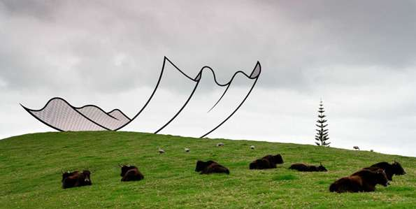 Sketch-Like Outdoor Sculptures