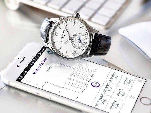Analog Smartwatches