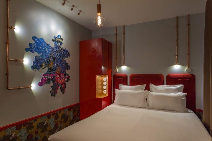 surrealist parisian hotels hotel exquis. Black Bedroom Furniture Sets. Home Design Ideas