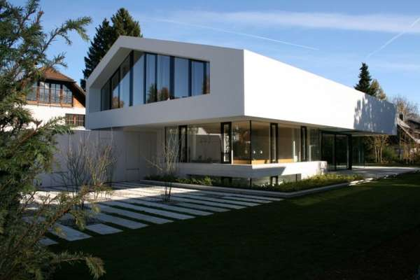 Angular All-White Abodes
