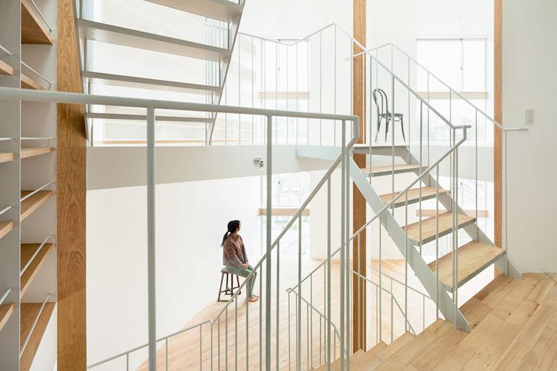 Stairwell-Focused Abodes