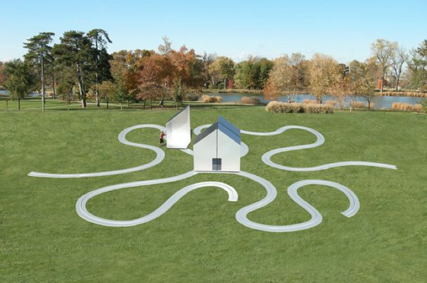 Interactive Meandering Houses