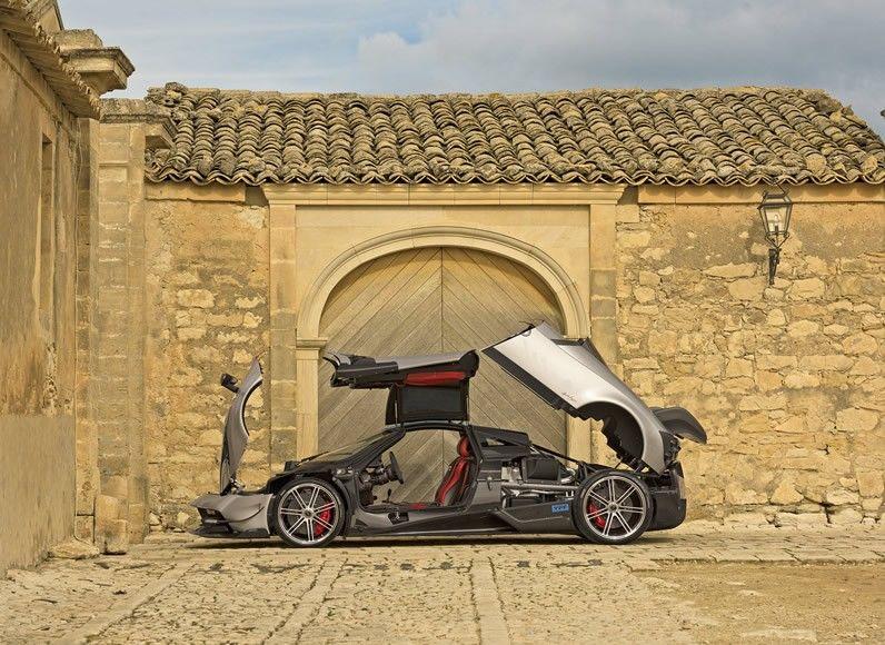 Speedy Lightweight Supercars