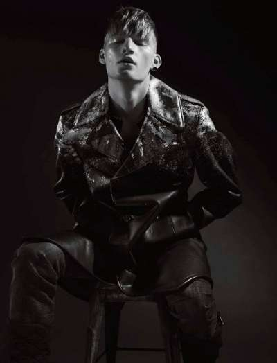 Hunger L'Officiel Hommes NL