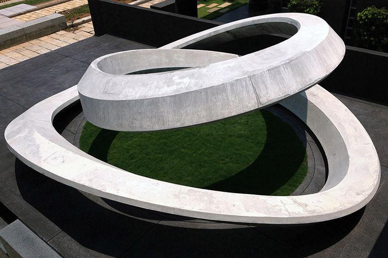 Spiralling Gray Memorials