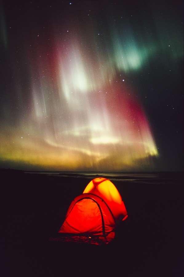 Hypnotizing Aurora Captures
