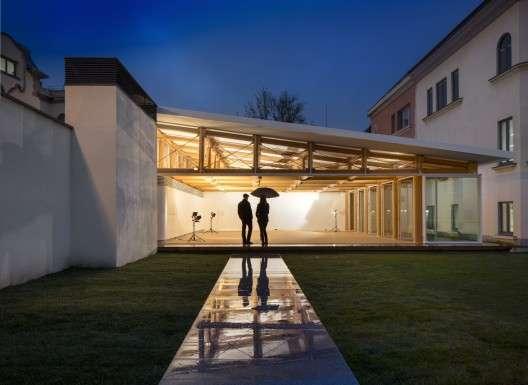 Multi-Aesthetic Paper Pavilions