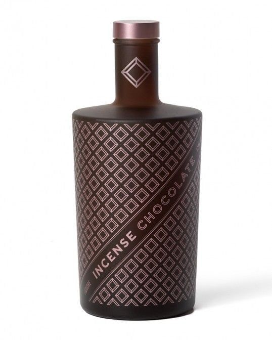 Chocolate-Like Liqueur Packaging